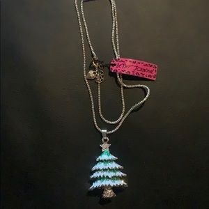 Betsey Johnson Christmas 🎄 Tree Necklace NWT